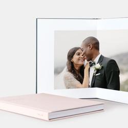 layflat-main01-pink-photo-book-couples_2x_2