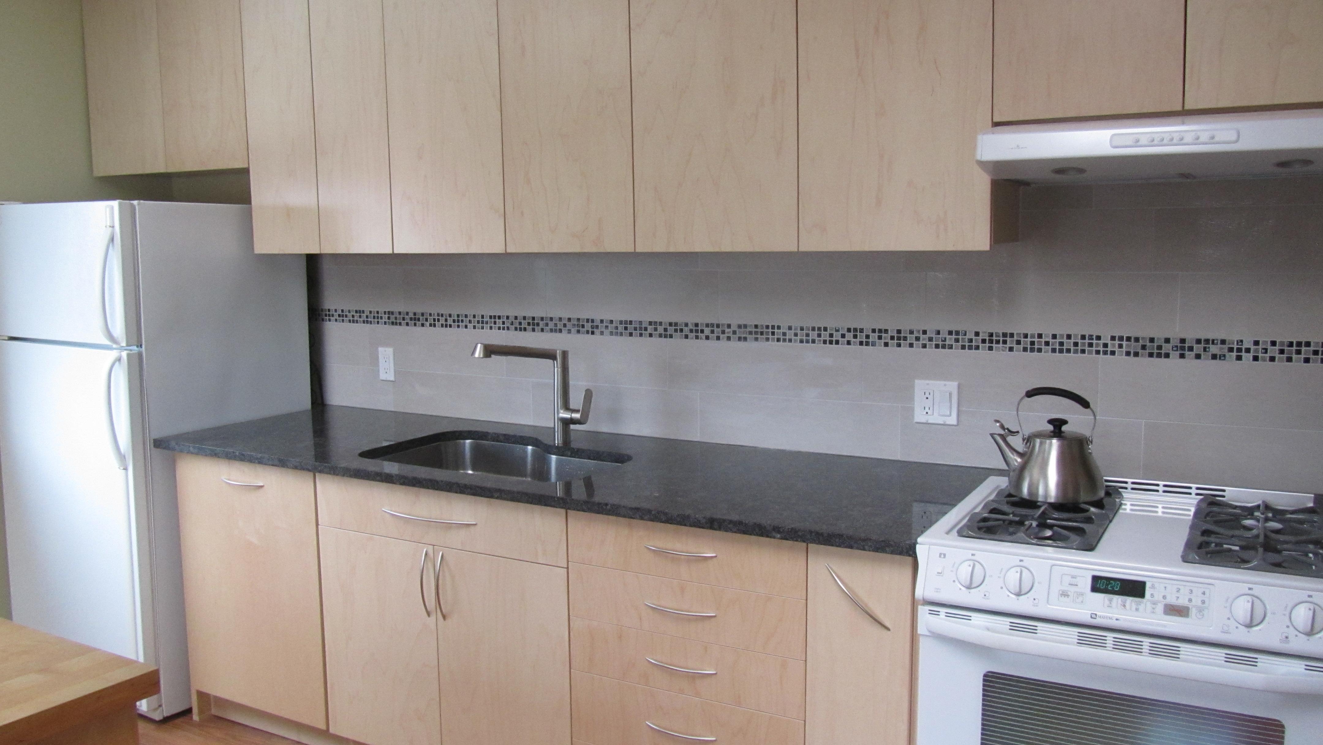 Flat Panel Maple + Granite