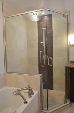 Integrated Corner Shower
