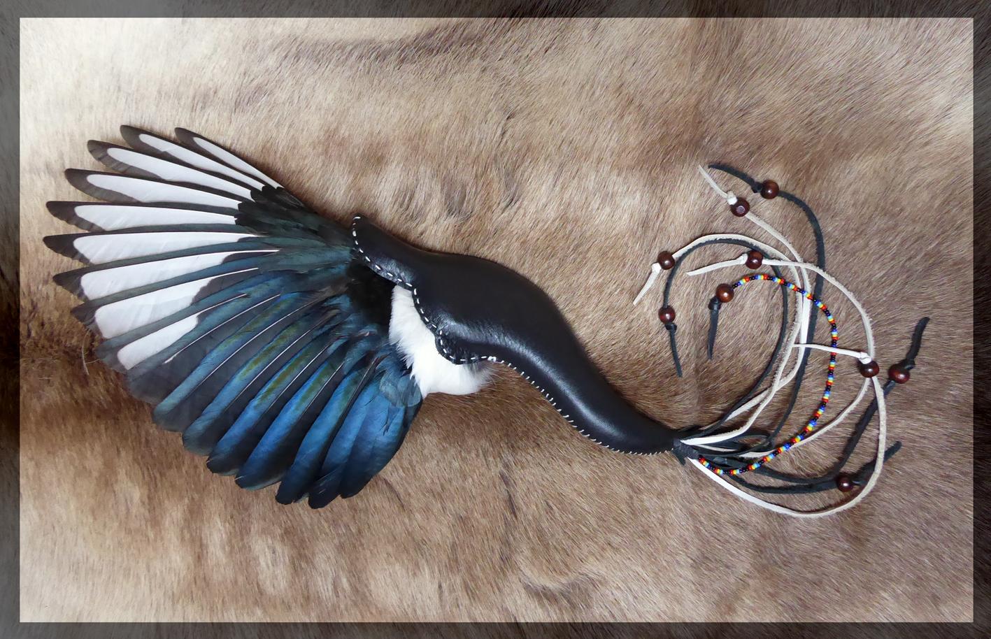 Full wing Fan - Magpie