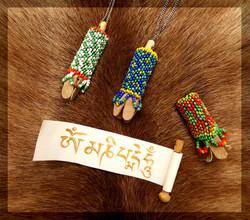 Mantra scroll amulet