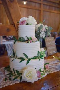 Simple, Rustic Wedding Cake