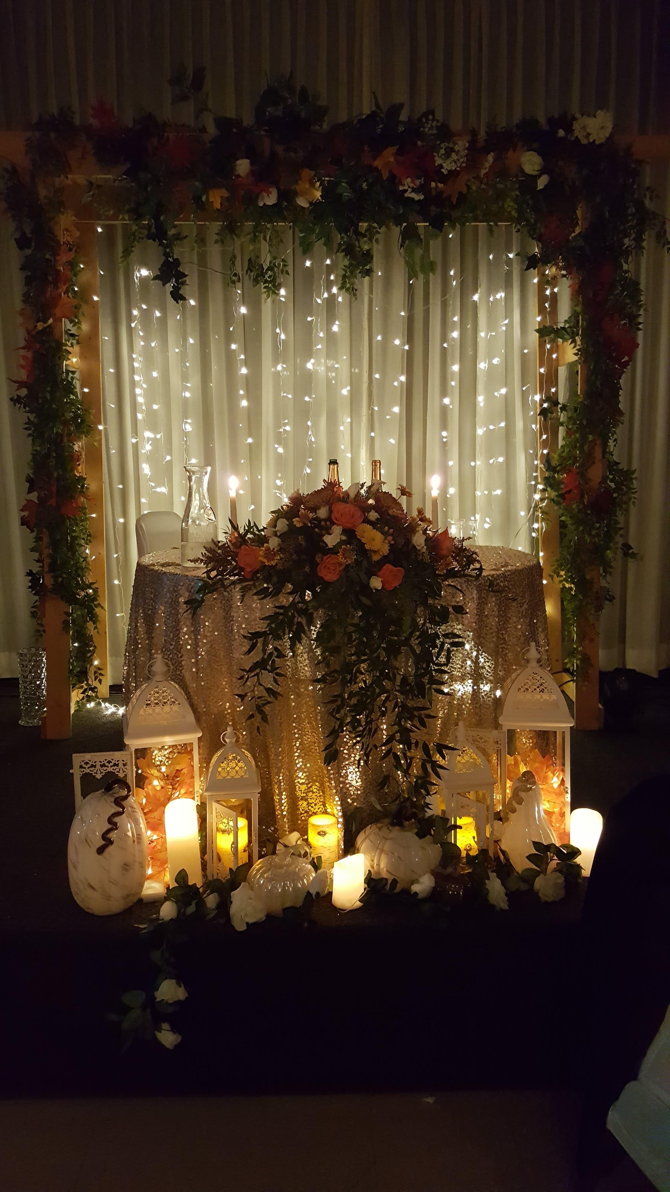 Fabulous Fall Sweetheart Table
