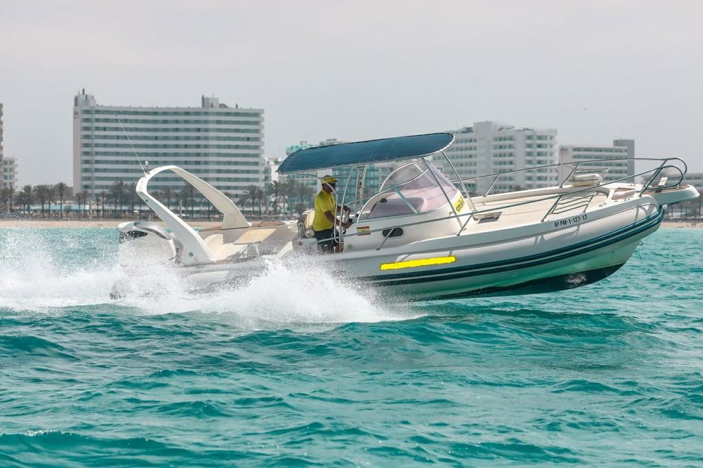 Rent speedboat | boleor.com/900