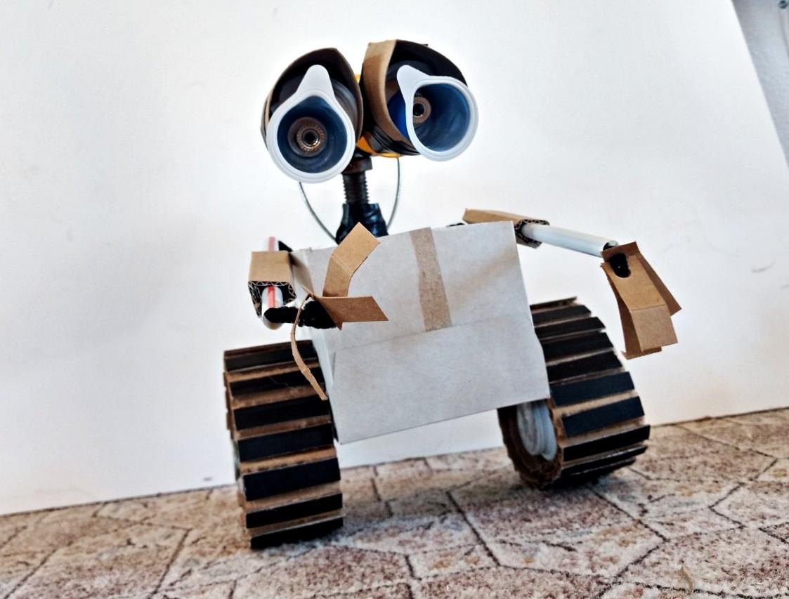 FINISHED WALL-E