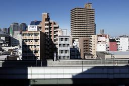 03_外観東面 遠景.jpg