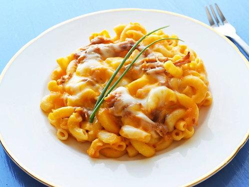 Mac n cheese au porc effiloché et oignons frits