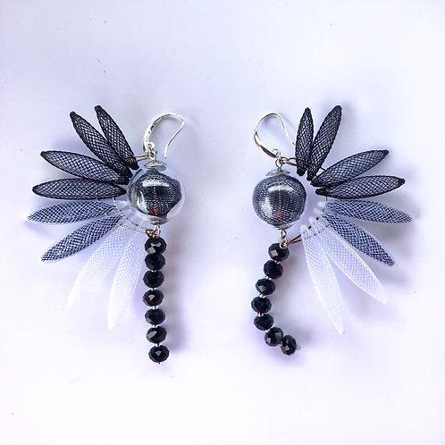 Серьги «Крылья райской птички» чёрный цвет