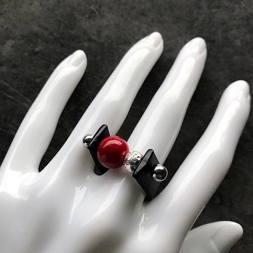 Кольцо с каучуком и лавой красное