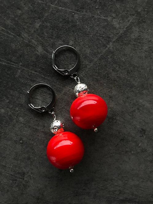 Серьги с муранским стеклом и лавой в красном цвете