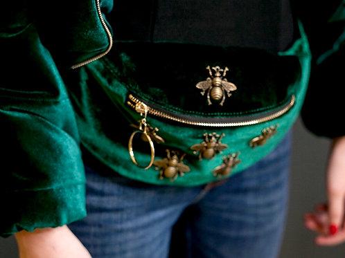 Поясная сумка с пчёлками бархатная зелёная