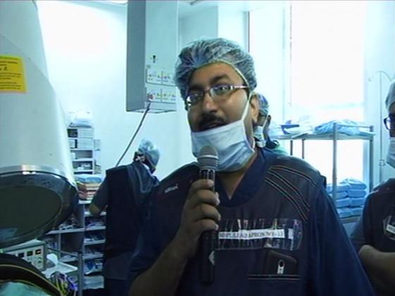 Dr Debjyoti Dutta conducting Live Workshop on Advanced Pain Procedures