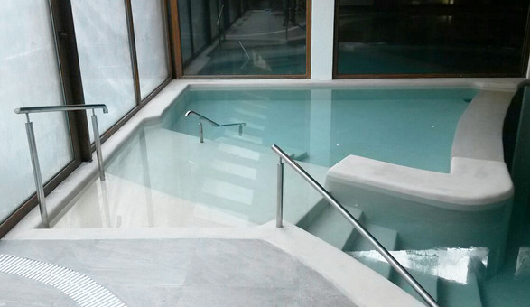 cristal_pool_17.jpg