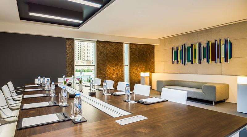 STRAITS 1 - Meeting Room.jpg