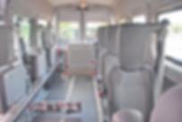 Die hier gezeigte Rollibox ermöglicht einen problemlosen Personentransport sowie den Transport von Rollstuhlfahrern