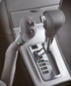 Handbediengerät mit mechanischer Übertragung zum Gas- und Bremspedal