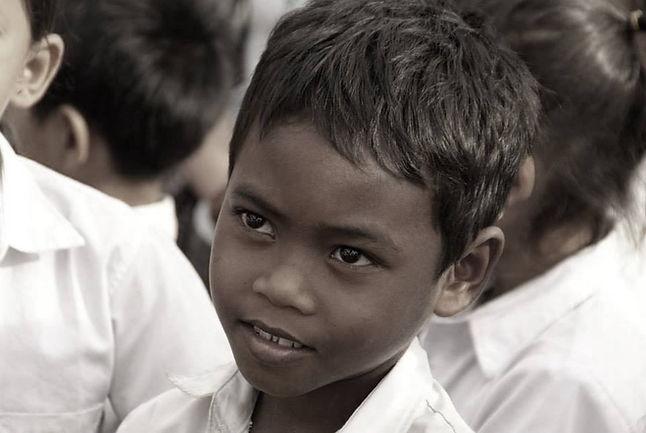 Cambodge photos, Cambodge aide, Cambodge enfances, Cambodge enfant, Cambodge pour un sourir d'enfant, Cambodge regard, Cambodge, Cambodge école Watbo, Cambodge Français, Cambodg école de français, Cambodge cour de français, Cambodge matériel scolaire, Cambodge humanitaire