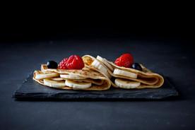crepe-with-banana-strawberry-chocolate_7