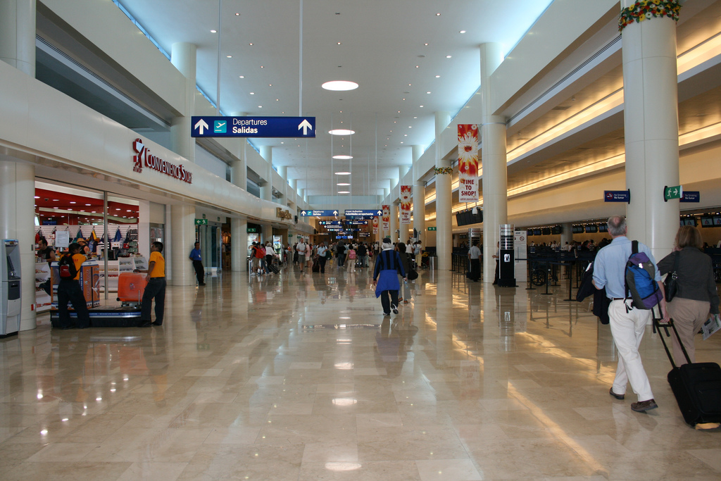 Instalaciones-del-Aeropuerto-de-Cancun