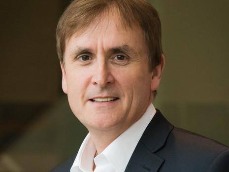 USIA Fellow Prof. Anthony Elliott