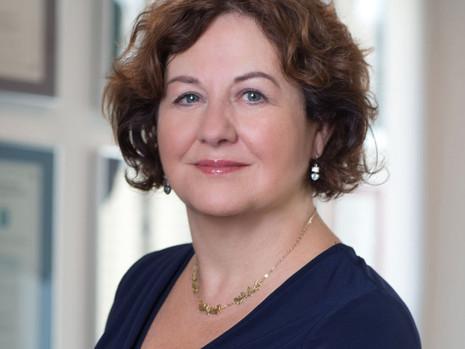 USIA Fellow Prof. Michèle Lamon