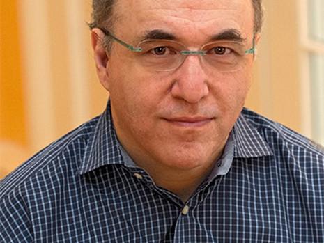 USIA Partner Advisor Dr. Stephen Wolfram