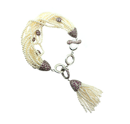 The Galiana Tassel