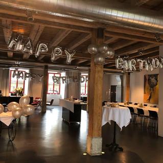 Geburtstagsparty im Saal