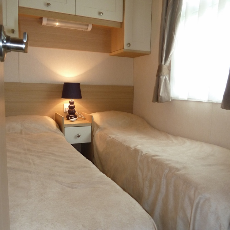 2 Twin bedded rooms