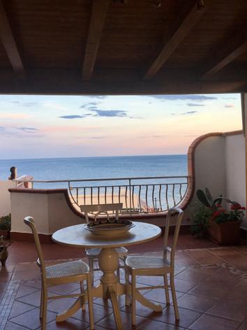 il terrazzo/the terrace