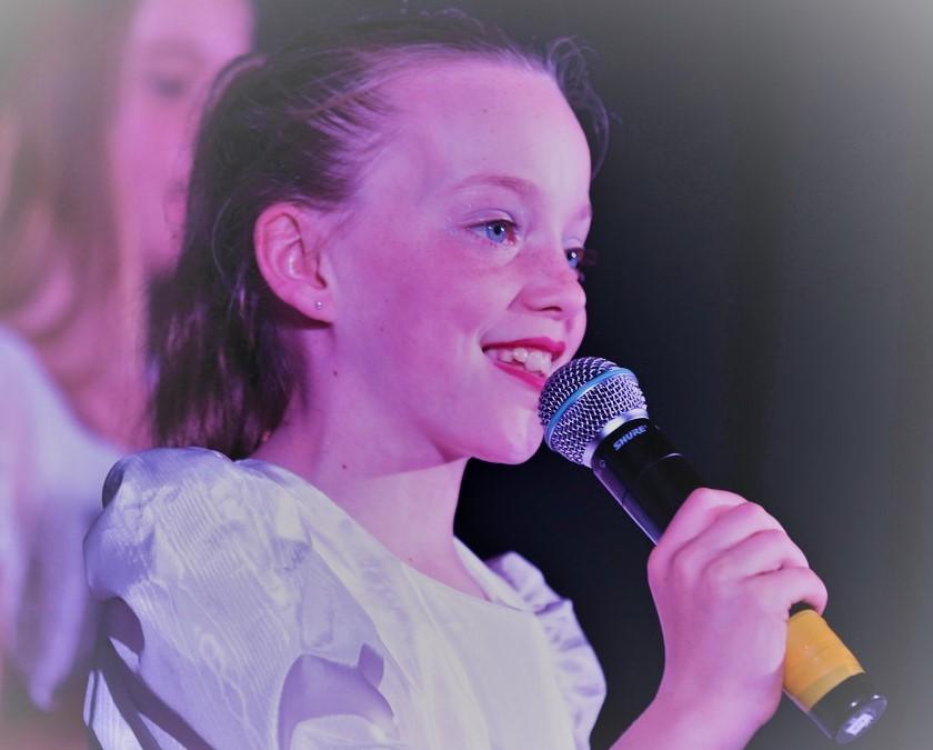 In concert (8)
