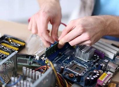 computer maintenance.jpg