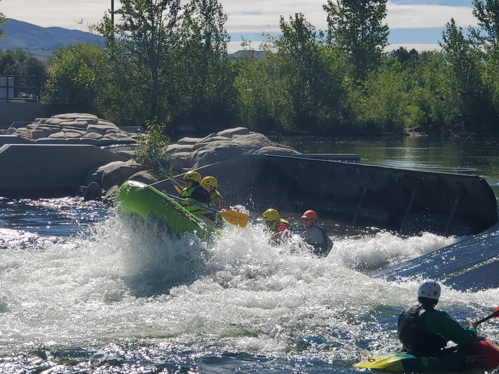 Guided Scenic Raft Trip (3 hours)
