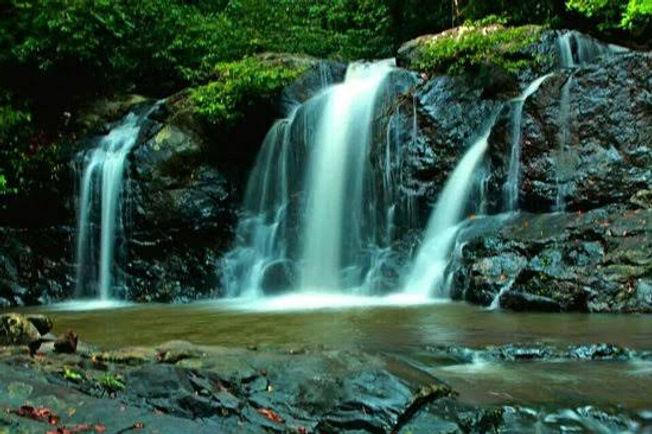 salakot falls1.jpg