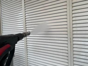 着工 外壁塗装+屋根カバー工事