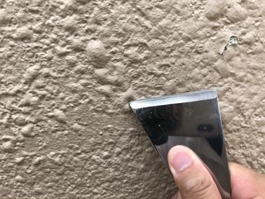 外壁塗装工事で起こる「膨れ」とは?