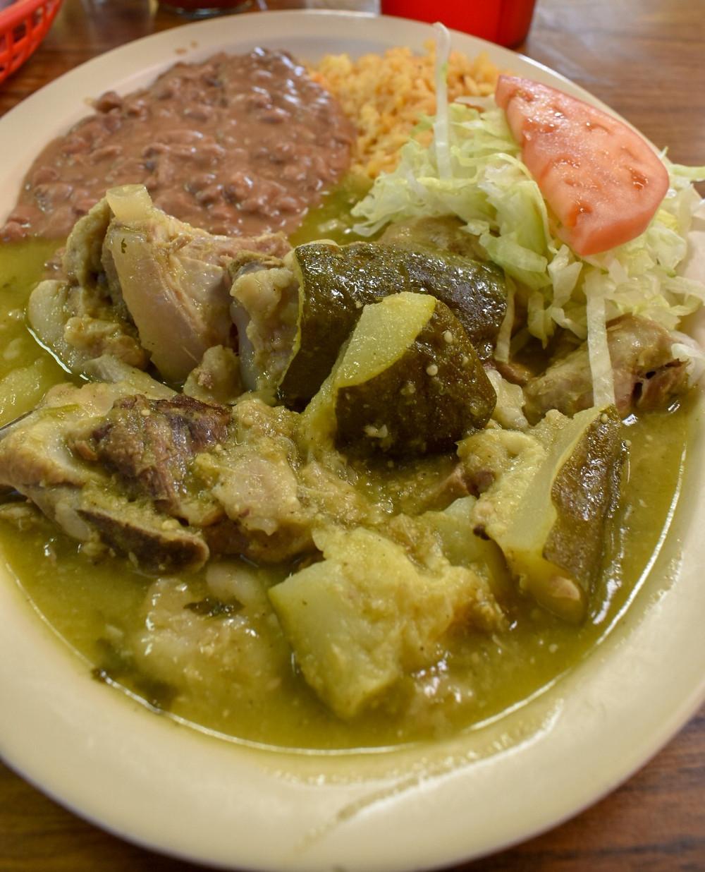 Costillas en salsa verde at Taqueria Morelos in Houston, Texas