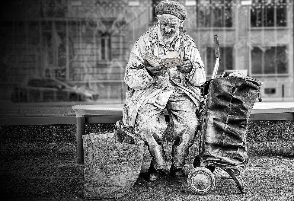 oldman,homeless,streetphotography,bnw