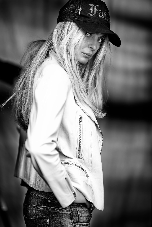 rebel,badgirl,blond,hairs,eyes,bnw,hat,jacket,leather