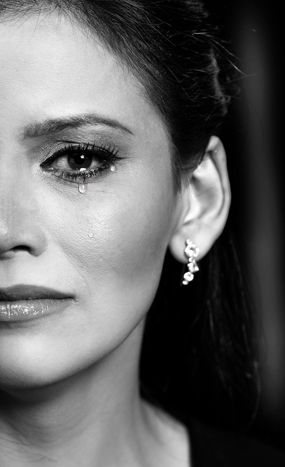 acting,actress,studio,movie,bnw,blackandwhite,emotion,eye