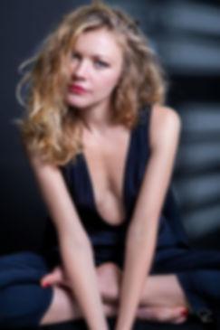studio,lighting,paris,portrait,beauty,fashion,cosmetic,advertising,blond,hair