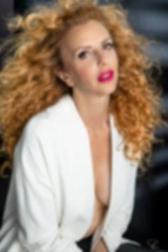 actres,italian,roma,paris,studio,lighting,blond,hair,style,eyes,publicite,advertising,magazine