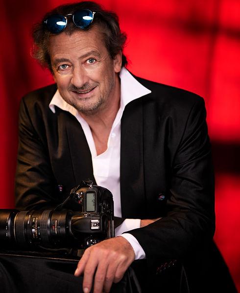 portrait,photographer,paris,fashion,corporate,corsant-colat,studio,nikon,profoto,sunglasses,eyes