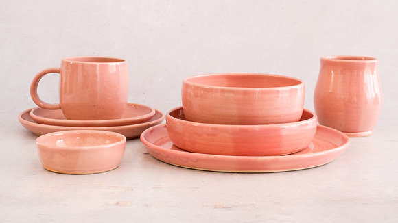 Fib's Pink - Deluxe Place Setting (8 Piece)