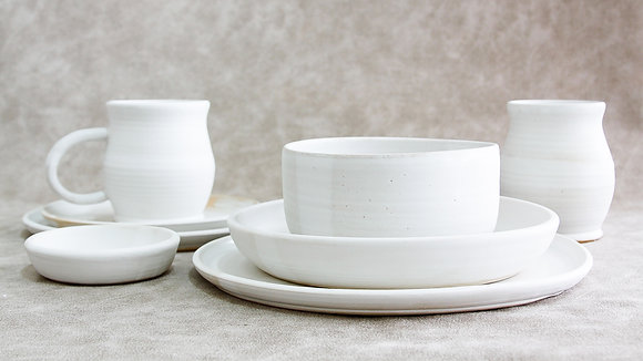 Moonstone - Deluxe Place Setting (8 Piece)