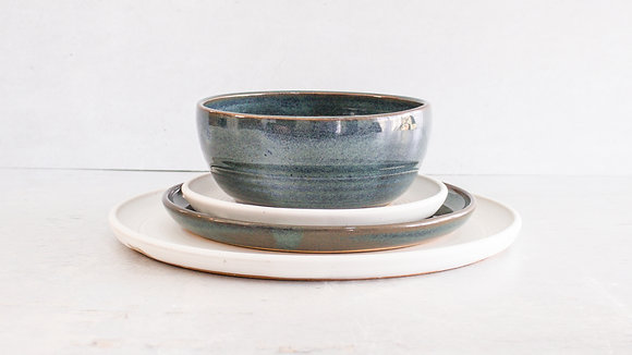Woo's Blue | Moonstone - Full Place Setting (4 Piece)
