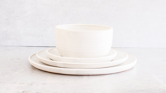 Moonstone - Full Place Setting (4 Piece)