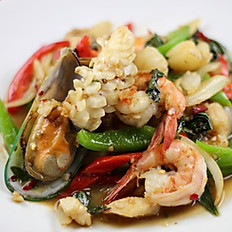 Spicy Basil (Kra-Pow) seafood shown*