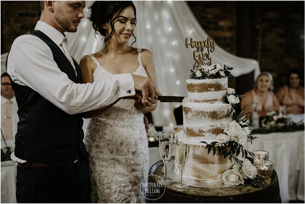 Cask-Room_Wedding-Cake_Cake-Barrel.jpg