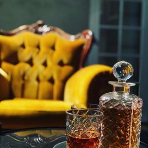 whiskey tray.jpg